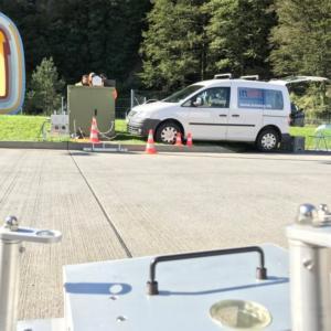 Live-Abgasmessungen bei Lastwagen während der Fahrt in Erstfeld